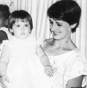 Ana de Armas family ...