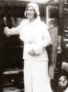 AI Capone wife Mae Capone