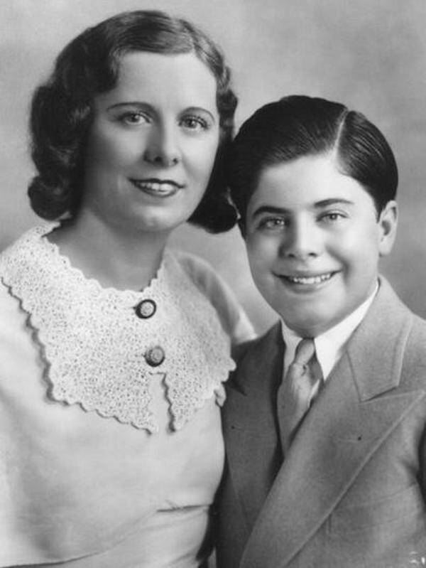 Mae Coughlin and Alphonse Capone son Francis, (Sonny)