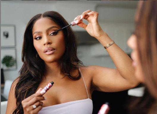 Makeup Shayla bio