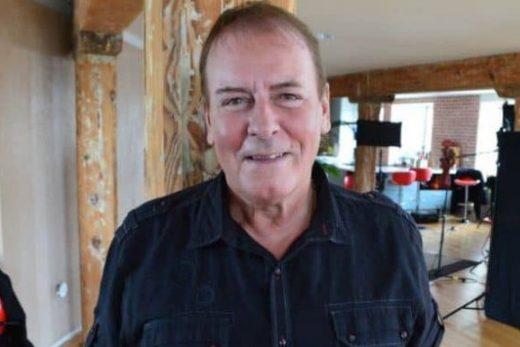 Alan Longmuir wiki