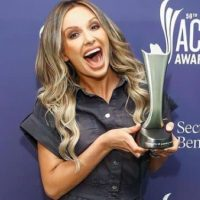 Carly Pearce net worth