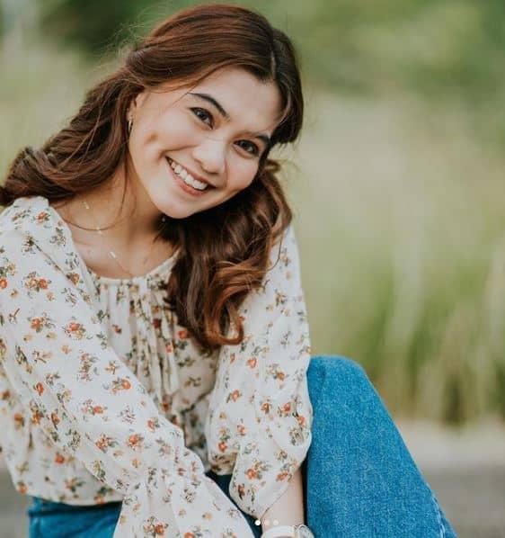 Vanessa Alvarez bio