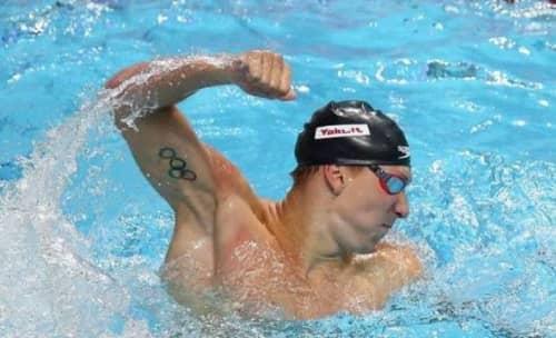 Chase Kalisz swimming